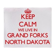 Keep calm we live in Grand Forks Nor Throw Blanket