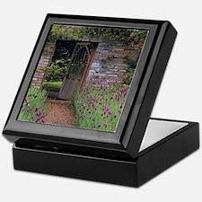 Thru the garden Keepsake Box
