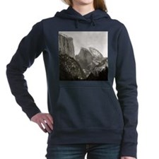 Half Dome in Winter Women's Hooded Sweatshirt