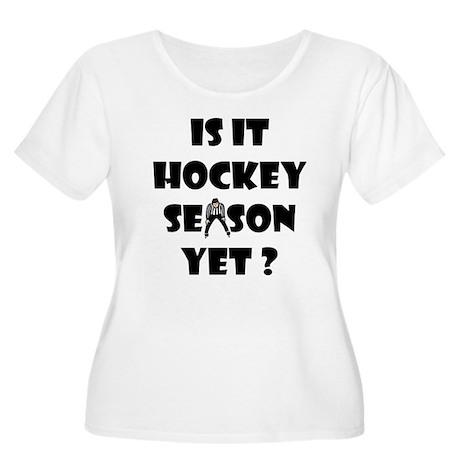Hockey Season Women's Plus Size Scoop Neck T-Shirt