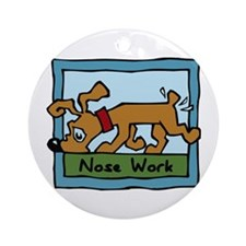Nose Work Puppy Sniffing Ornament (Round)