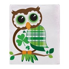St Patrick's Day Owl Throw Blanket