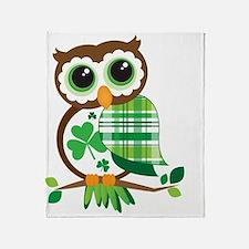 St Patrick's Day Owl Throw Blanket