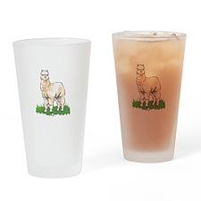 ALPACA IN GRASS Drinking Glass