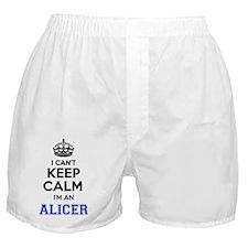 Cute Alice im Boxer Shorts