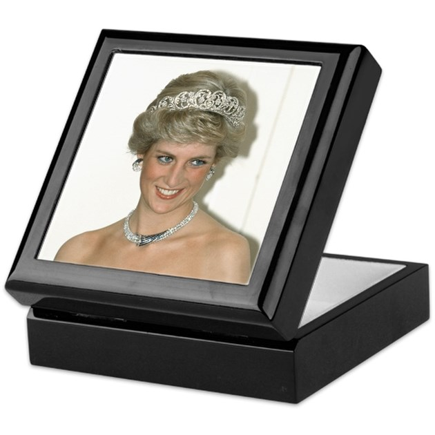 Stunning hrh princess diana keepsake box by for Princess diana jewelry box