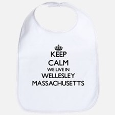 Keep calm we live in Wellesley Massachusetts Bib