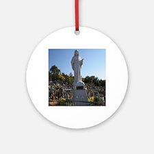 Statue Round Ornament