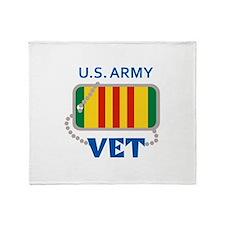 U S ARMY VET Throw Blanket