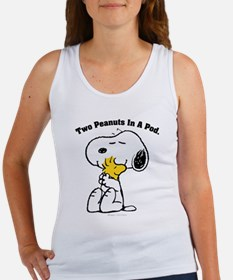 Snoopy and Woodstock Hug Women's Tank Top