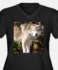 Wolf Growl Plus Size T-Shirt