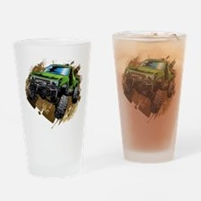 truck-green-crawl-mud Drinking Glass