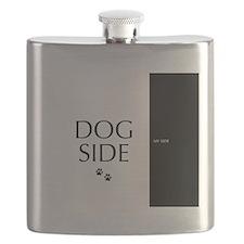 dog side 8 black white Flask