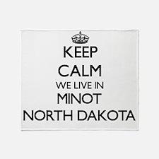 Keep calm we live in Minot North Dak Throw Blanket