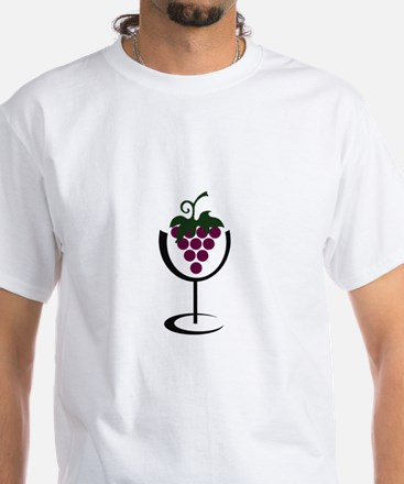 WINE GLASS GRAPES T-Shirt