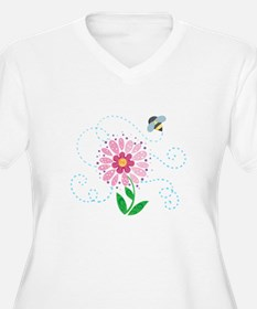 BEE AND FLOWER Plus Size T-Shirt