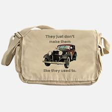 Classics Messenger Bag