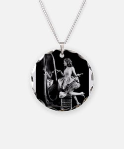 mary pickford Necklace