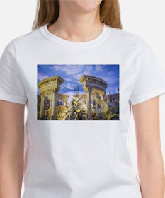 caesar statue ancient romans art T-Shirt