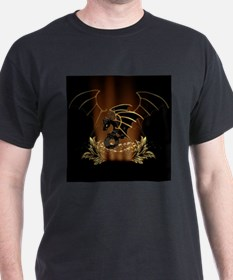 Awesome dragon in gold and black T-Shirt