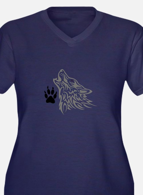 WOLF AND PAW PRINT Plus Size T-Shirt