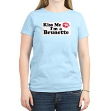 Kiss me I'm a brunette T-Shirt