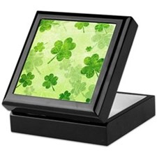Green Shamrock Pattern Keepsake Box