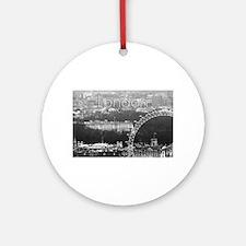 Stunning! London Eye London Pro p Ornament (Round)