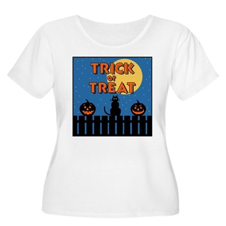 Trick or Treat Fence Women's Plus Size Scoop Neck