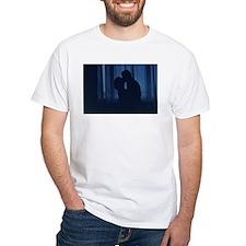 Blue silhouette couple kissing analogue fi T-Shirt