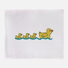 MOTHER AND BABY DUCKS Throw Blanket