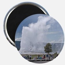 Yellowstone Faithful Magnet