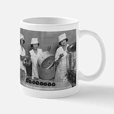 KITCHEN GIRLS coffee cup