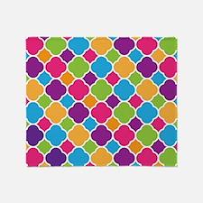 Rainbow Quatrefoil Pattern Throw Blanket