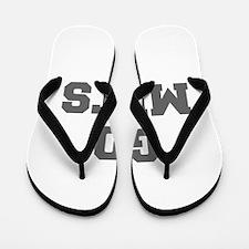 METS-Fre gray Flip Flops