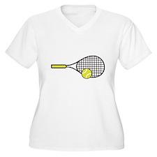 TENNIS RACQUET & BALL Plus Size T-Shirt