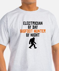 Electrician By Day Bigfoot Hunter By Night T-Shirt