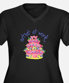 ARTIST AT WORK Plus Size T-Shirt