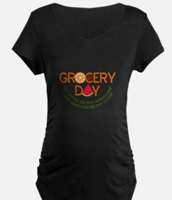 let food be thy medicine Maternity T-Shirt