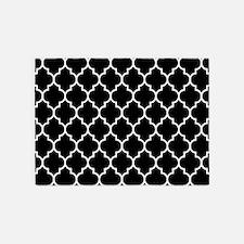 BLACK AND WHITE Moroccan Quatrefoil 5'x7'Area Rug