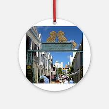 Old Street Sint Maarten Ornament (Round)