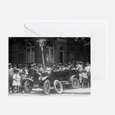 AUTO WRECK car crash funny old photo greeting card