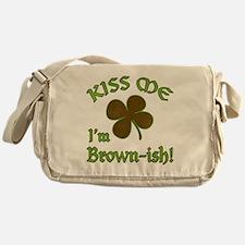 St. Patrick's Day - Kiss Me I'm Brow Messenger Bag