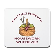 KNITTING FOREVER Mousepad