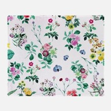 Delicate Floral Pattern Throw Blanket