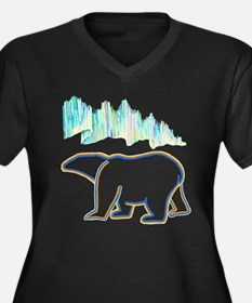 POLAR BEAR AND NORTHERN LIGHTS Plus Size T-Shirt