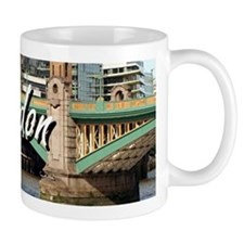 Southwark Bridge, Thames River, London, Engla Mugs