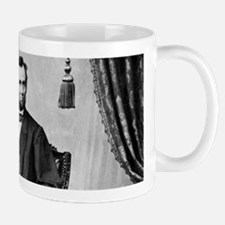 abraham lincoln Mugs
