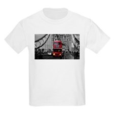 Lon Bus on Tower Bridge T-Shirt