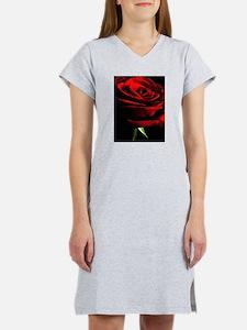 Red Rose of Love on Black Velve Women's Nightshirt